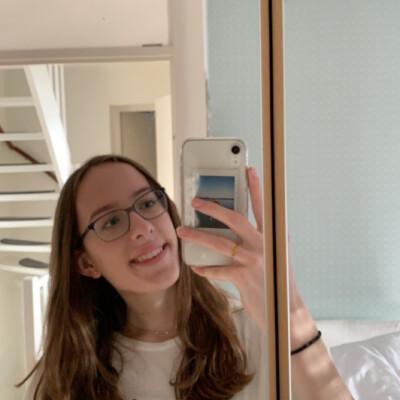 Eva zoekt een Studio / Kamer in Tilburg